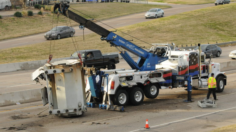 18-Wheeler Crash Closes Loop 12 in Irving [PHOTOS] – Rambler Newspapers
